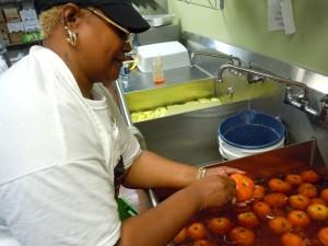Skinning a Tomato