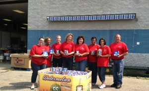 Kellogg's employees fight hunger by donating food and by volunteering at our warehouse.
