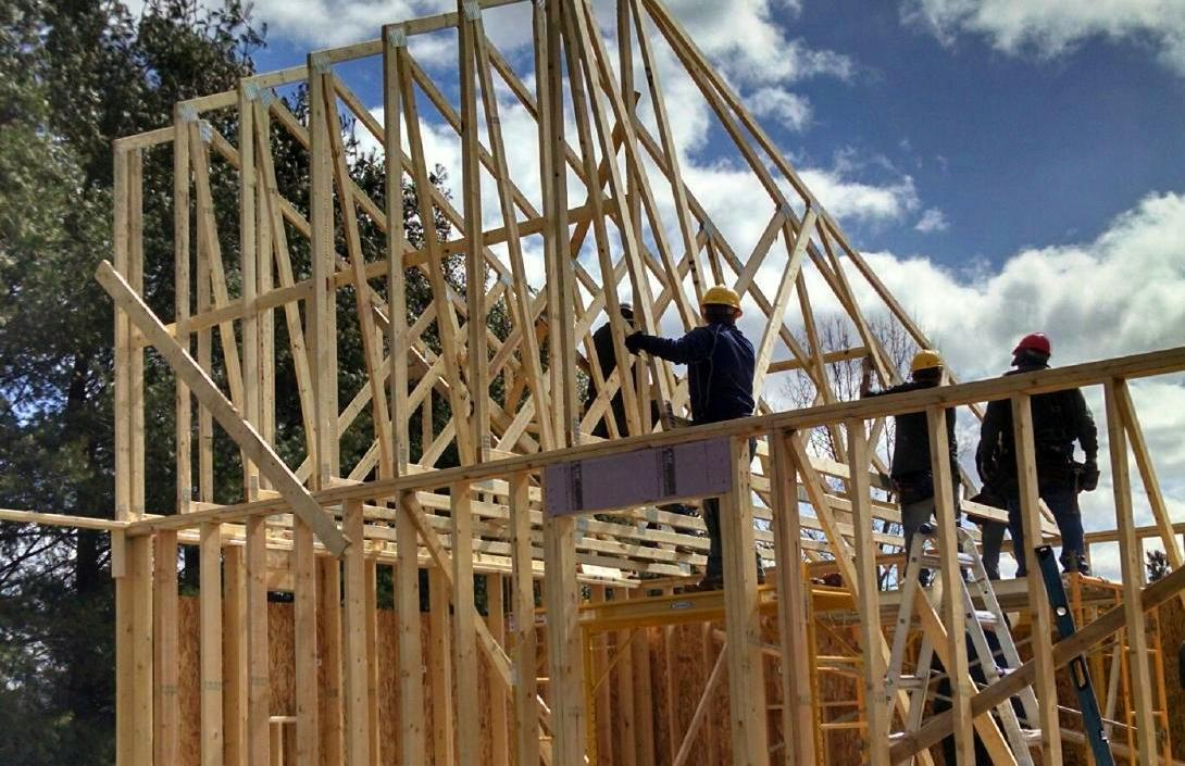 Applied Construction Tech Students-cropped