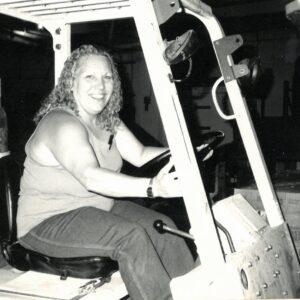 Priscilla drives a hi-lo